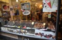 Schaufenster mit leckeren Süßigkeiten