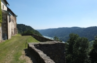 Blick von der Ruine zur Donau