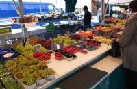 Leckeres Obst auf dem Markt am Salzburger Universitätsplatz