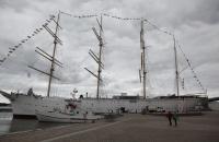 Viermaster im Hafen
