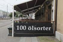Hier gibt es nicht 100 verschiedene Sorten von Motoröl sondern Öl=Bier :-)