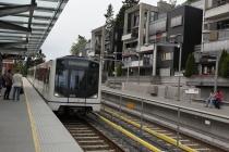 Einfahrt der U-Bahn in die Station Holmenkollen