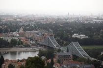 Blick auf Elbe und Brücke Blaues Wunder