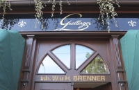 Eingang des Cafe Grellinger