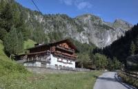 Typisches Tiroler Bauernhaus