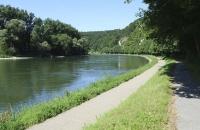 Blick auf die Donau stromaufwärts