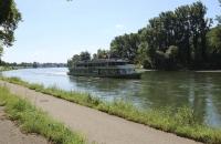 Blick auf die Donau Richtung Kelheim