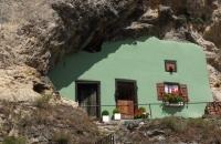 Haus ohne Dach und im Fels in Kallmünz