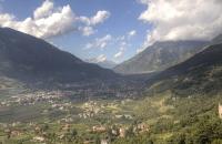 Blick auf das Tal hinter Meran