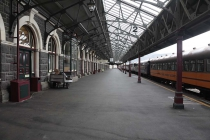 Am Bahnsteig in Dunedin