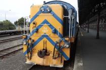 Diesellok vor Sonderzug