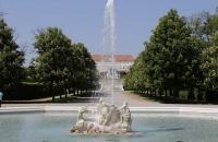 Springbrunnen im Garten von Schlosshof
