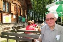 Hans bei der Rast auf der Gföhlberghütte