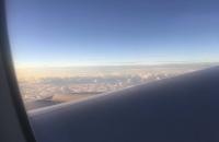 Eine dichte Wolkendecke über Neuseeland
