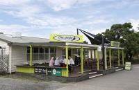 Typisches Neuseeland-Cafe in Waitakururu