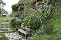 Hobbit-Bau mit Garten