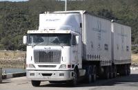 Solche Trucks fahren hier viele herum