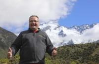 Wolfgang vor dem Mount Cook