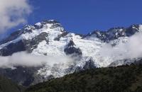 Mount Cook fast ohne Wolken