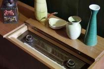 Ein altes Röhrenradio im Hopfenmuseum