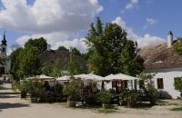 Hauptplatz mit Dorfwirtshaus