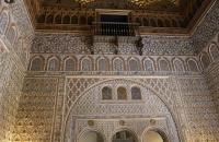 Raum mit vielen Verzierungen im Alcazar