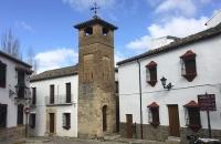 Platz mit Turm in Ronda