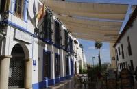 Sonnensegel pber einem Lokal in Córdoba
