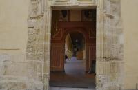 Pforte in altes Gebäude in Córdoba