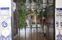 Eingang eines Hauses im Viertel La Juderia