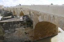 Alte Steinbrücke in Córdoba