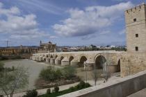 Die alte Steinbrücke in Córdoba
