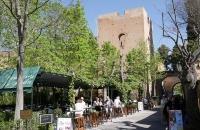 Restaurant nahe dem Parkplatz der Alhambra