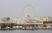 """Riesenrad"" nahe dem Hafen in Malaga"