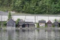 Holzlagerhütten