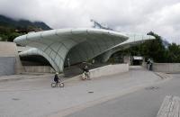 Das futuristische Gebäude der Hungerburgbahn