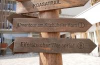 Wegweiser zum Eifersbacher Wasserfall