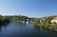 Blick auf die Stadt Kelheim mit der Befreiungshalle