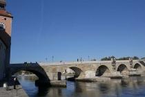 Alte Steinbrücke in Regensburg