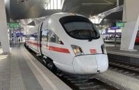 ICE 28 am Wiener Hauptbahnhof