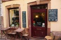 Kleines Cafe im Viertel La Petite France