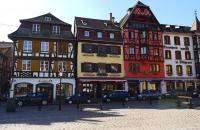 Alte Häuser am Hauptplatz von Obernai