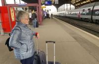Warten auf den ICE nach Stuttgart