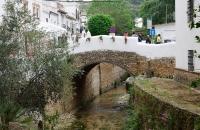 Alte Steinbrücke in Setenil De Las Bodegas