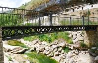 Alte Brücke in Setenil De Las Bodegas