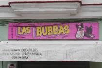 Banner über einem kleinen Shop in Cádiz