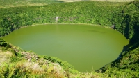 Kratersee Lagoa Negra