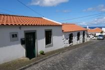 Weiße Häuser in Faja Grande