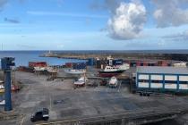 Hafen von Lajes das Flores