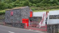 Da könnte man glatt meinen es ist das Feuerwehrhaus :-)